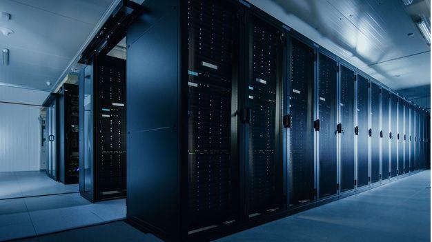 Choosing Between a Dedicated or Bare Metal Server