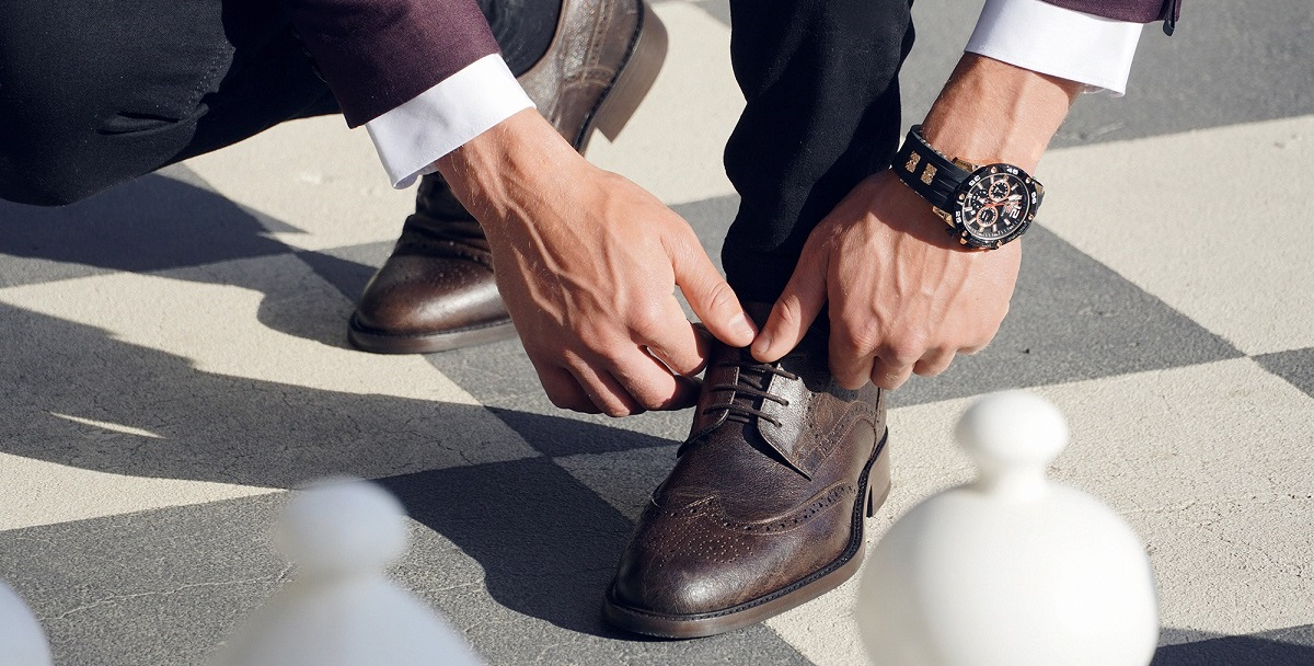 Elevator shoes – are you self-conscious about your height?