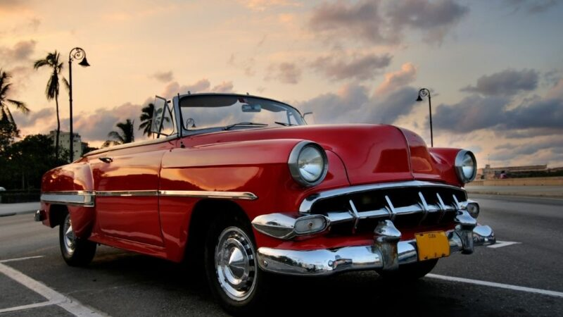 How To Find The Perfect Buyer For An Old Car? Check Out The Steps Of Selling A Car