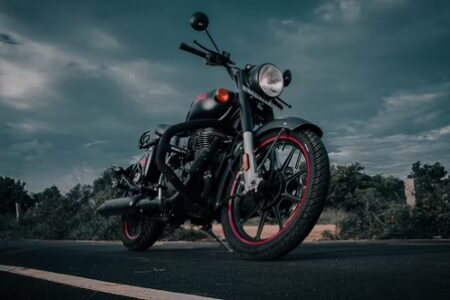 Planning to buy a bike for a road trip? Here is why you should consider the Royal Enfield Classic!