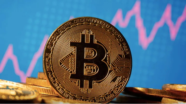 What Happens If the Price of Bitcoin Crashes?